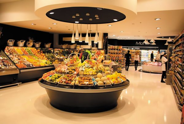 Пример освещения полки с фруктами