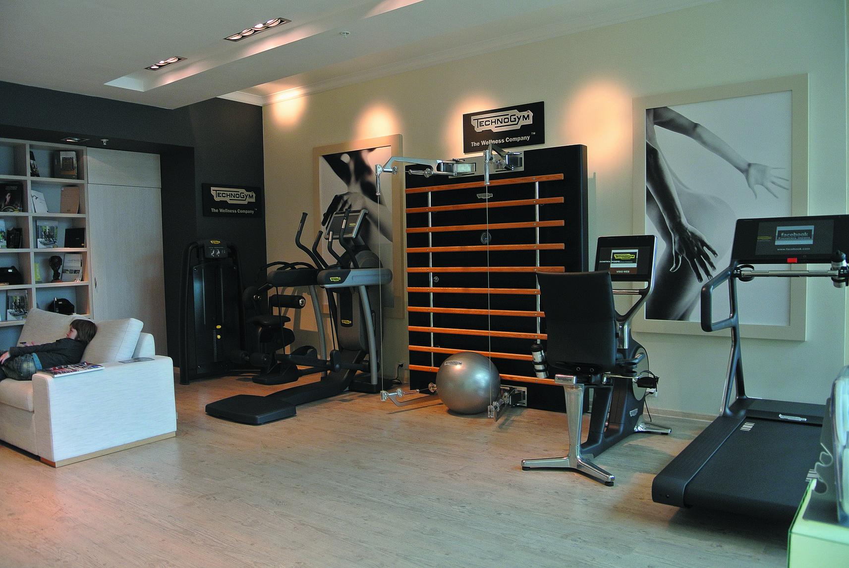 Освещение Verbatim в спорт-бутике класса люкс Technogym в ТРК Барвиха Luxury Village