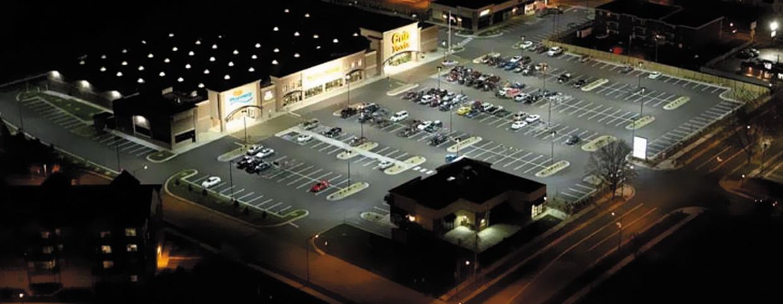 Парковка супермаркета Cup Foods