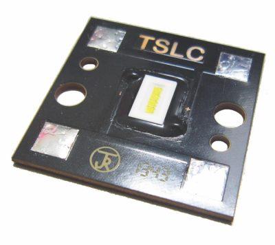 Светодиодный модуль для фары головного света автомобиля на основе светодиодной продукции SemiLEDs