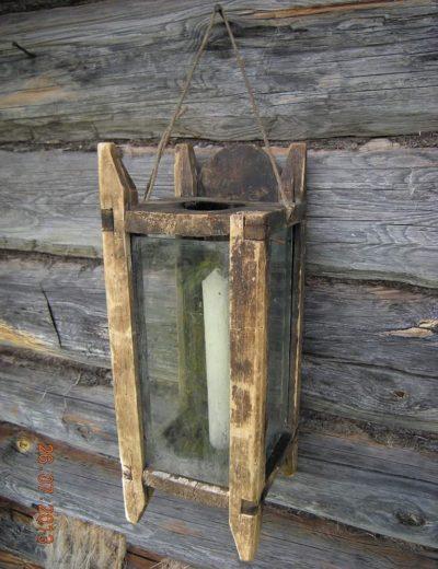 Переносной свечной фонарь