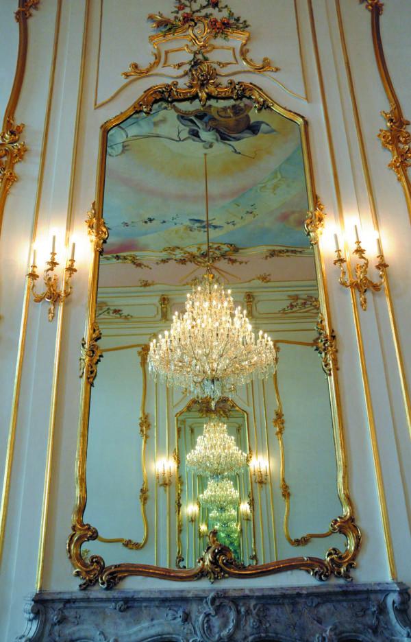 Благодаря решениям от Verbatim предметы искусства представлены во всем своем великолепии, как и прежде