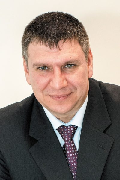 Богданов Александр Александрович, заместитель директора департамента стратегических проектов группы компаний «Светлана-Оптоэлектроника»