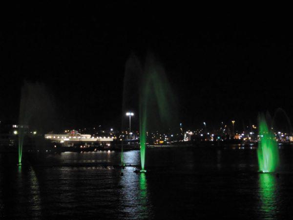 Плавающий фонтан в Цемесской бухте