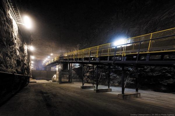 Тоннель рудниковой шахты