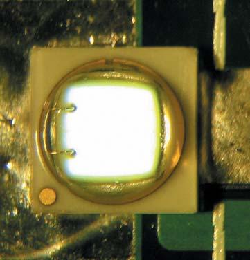 Светодиод Z5-M0 во включенном состоянии