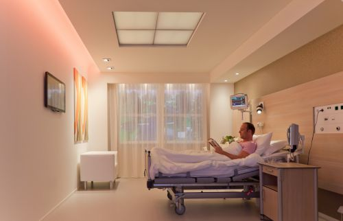 Новая система освещения Philips помогает пациентам спать дольше